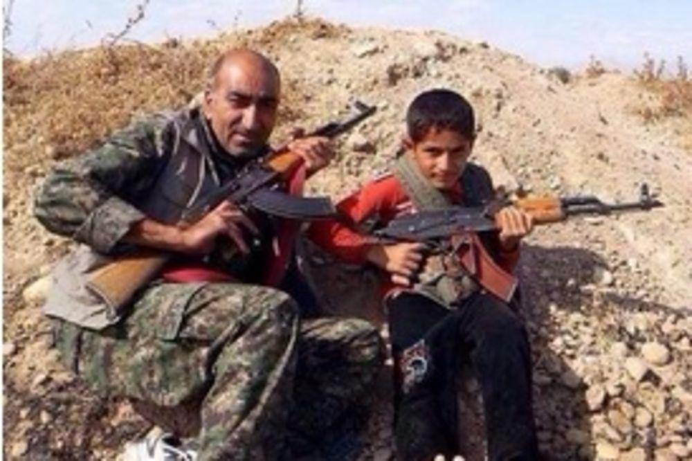 (VIDEO) PUŠKE VEĆE OD NJIH: U bitku za grad pod opsadom džihadista uključila se i deca!