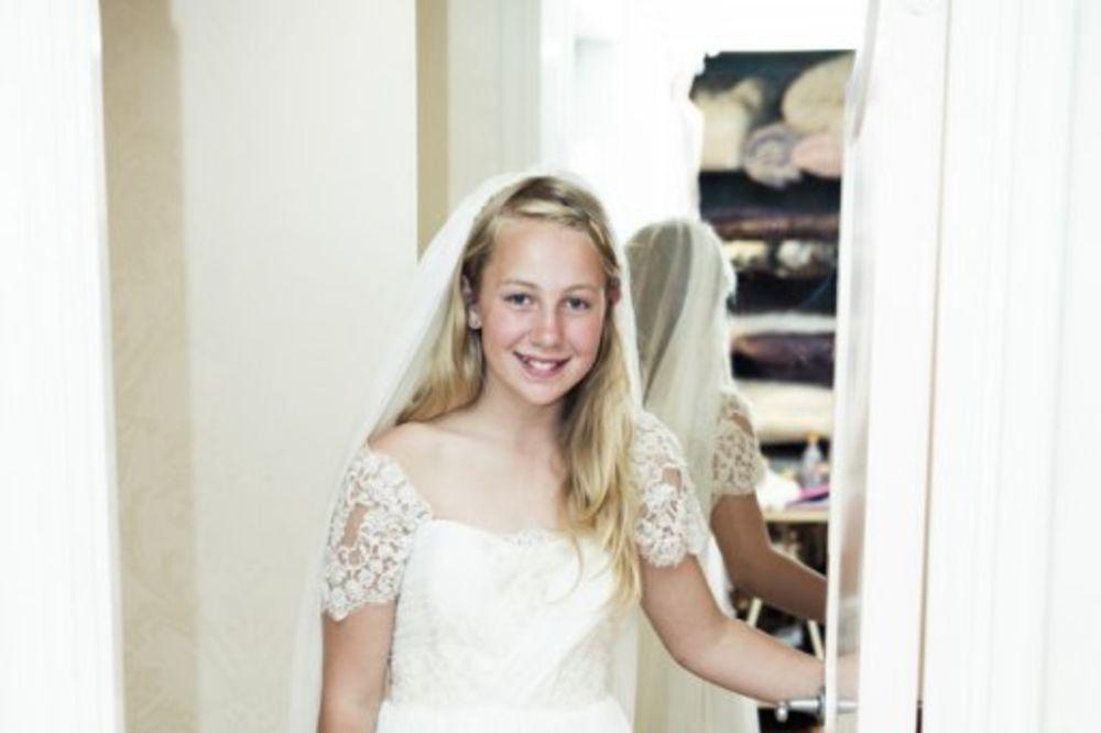 UZBUNILA CEO SVET: Ja sam Tea, imam 12 godina i udajem se sledećeg meseca!