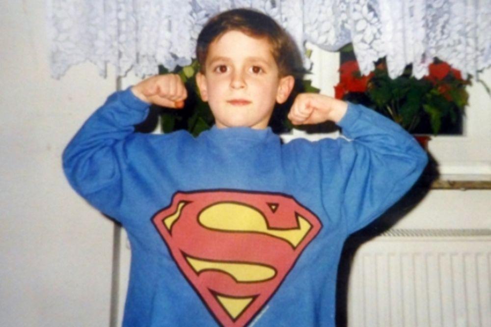 ISPOVEST MUSLIMANKE SA KOSOVA: Kako je moj brat postao bombaš-samoubica