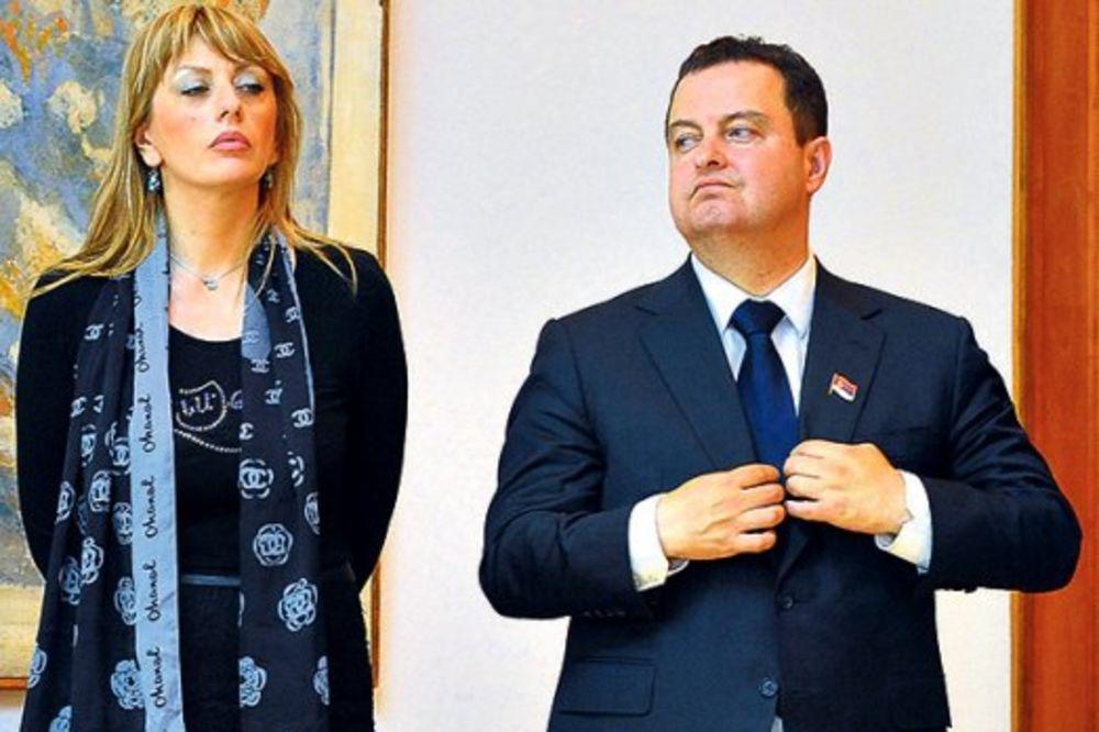 Joksimović: Dačiću, radiš protiv države  Dačić: Samo sa Vučićem polemišem