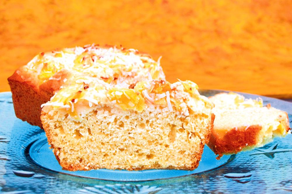Slatki hleb s kokosom
