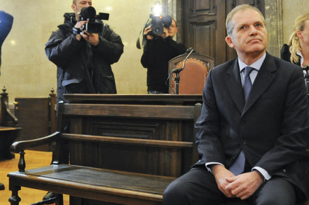 Bivši član EP Ernst Štraser će zbog primanja mita robijati tri godine!