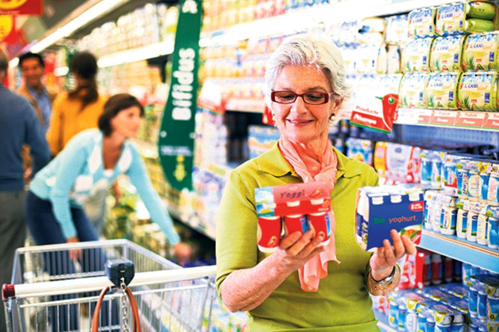 Cene namirnica skočile za 0,7 odsto