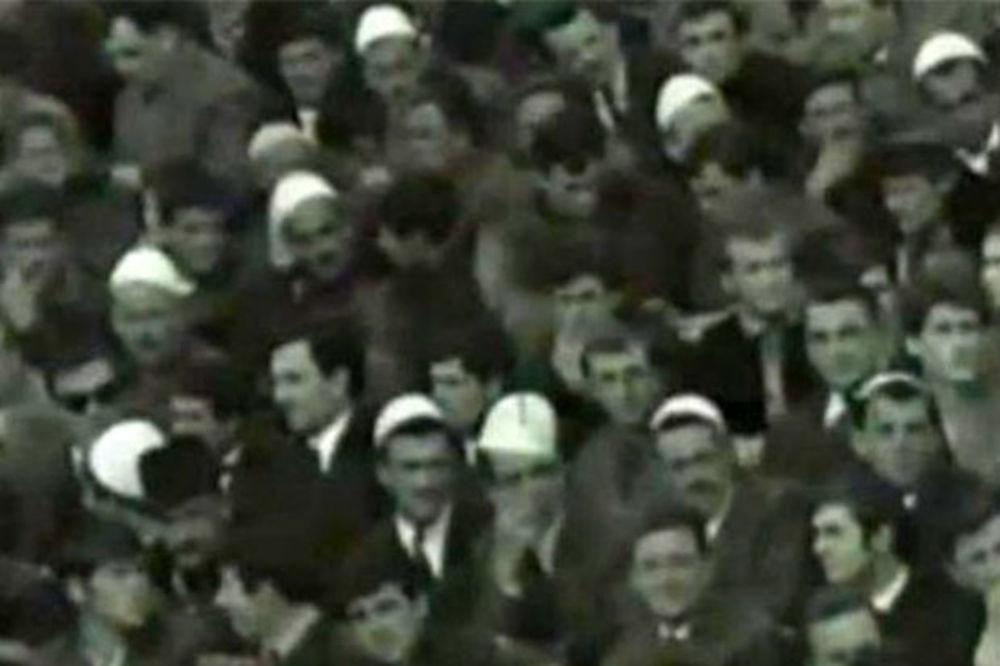 (VIDEO) POGLEDAJTE: Navijači Albanije na meču sa Jugoslavijom u Beogradu 1967. godine