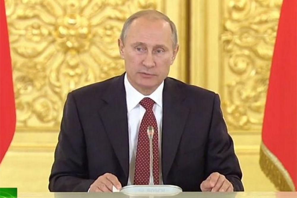 (VIDEO) PUTIN: Događaji u Ukrajini pokazali da je međunarodno pravo u dubokoj krizi