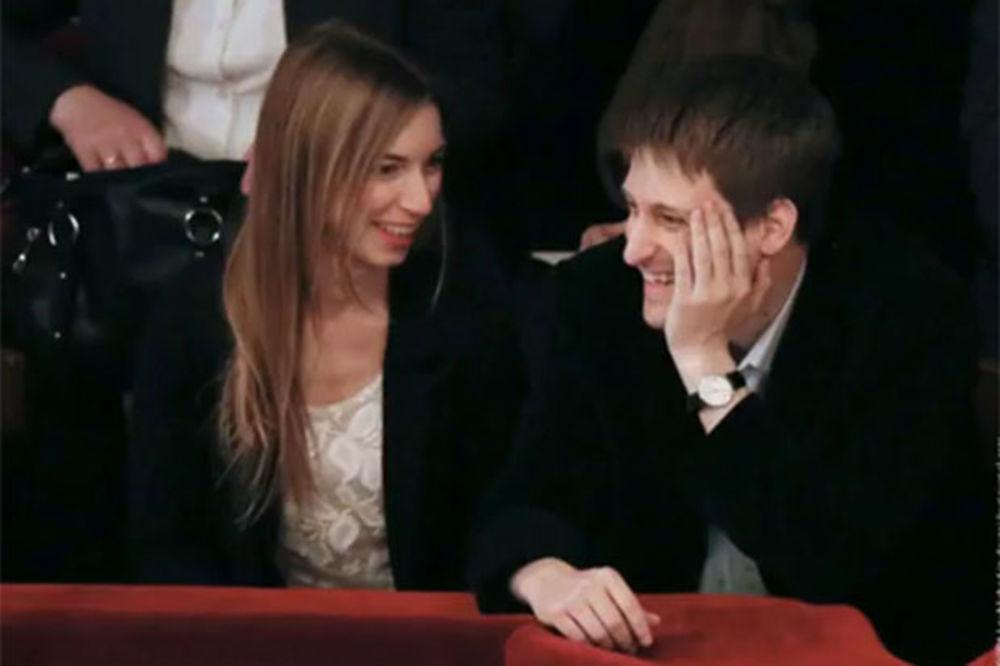 SVADBA U MOSKVI? Edvard Snouden i Lindzi Mils opet zajedno i planiraju venčanje!
