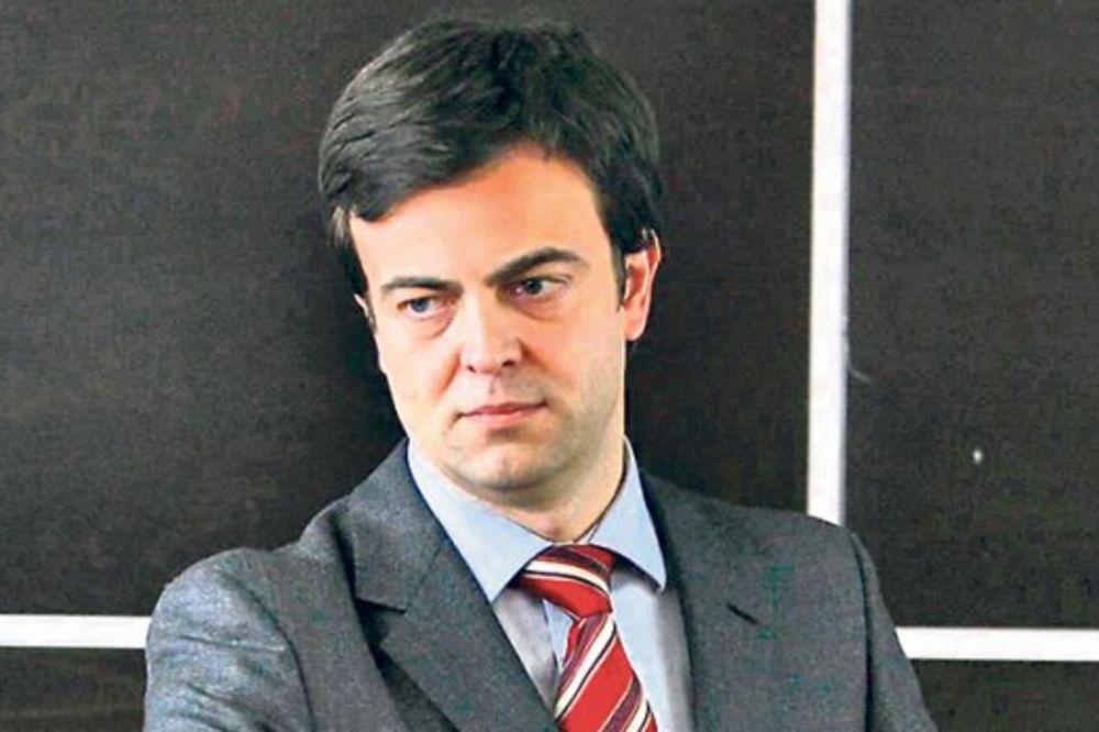 DIREKTOR EPS HTEO DA PREVARI VUČIĆA I KINEZE: Minirao posao od 608 miliona evra!