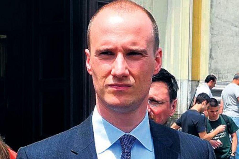 BIO JEDINI KANDIDAT: Božović opet na čelu beogradskih demokrata