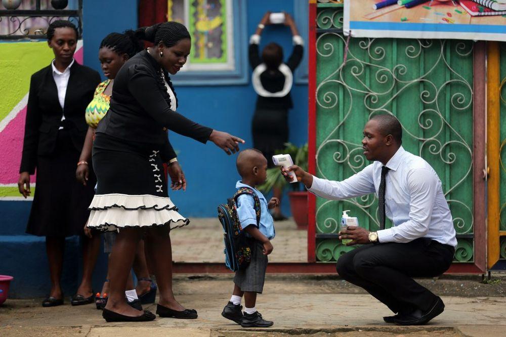 SZO SLAVI VELIKI USPEH: Prošla epidemija ebole u Nigeriji!