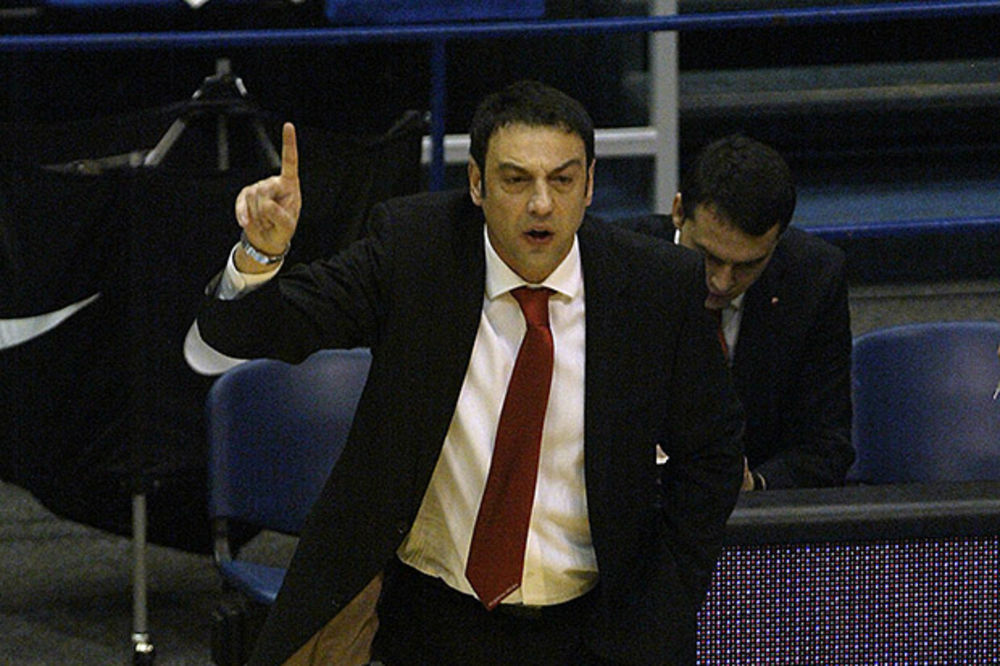 PORAZ CRVENOG OKTOBRA: Trifunović ubedljiv protiv Partizanovog rivala