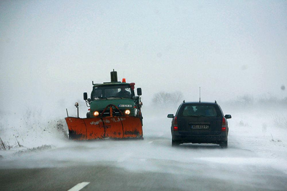 POLUDELO VREME U SRBIJI: Danas 20 stepeni, a već sutra pada sneg!