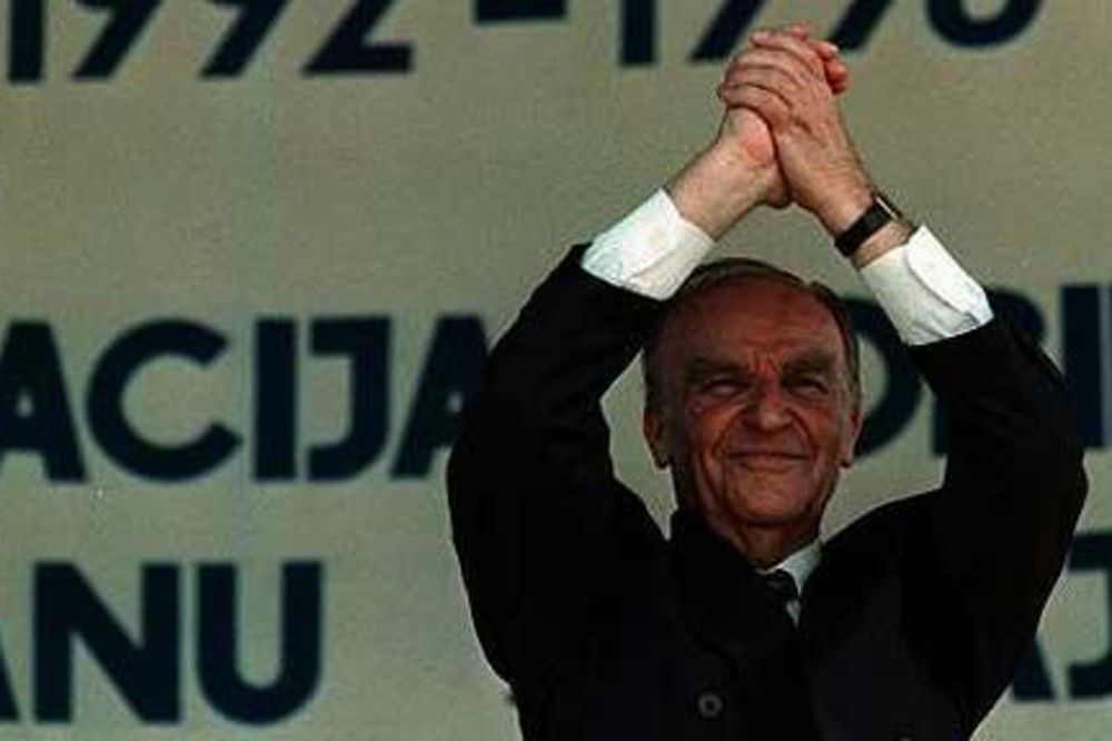 PRIZNANJE ALIJINOG TELOHRANITELJA: Izetbegović naredio da ubijamo svoje kako bi optužio Srbe!