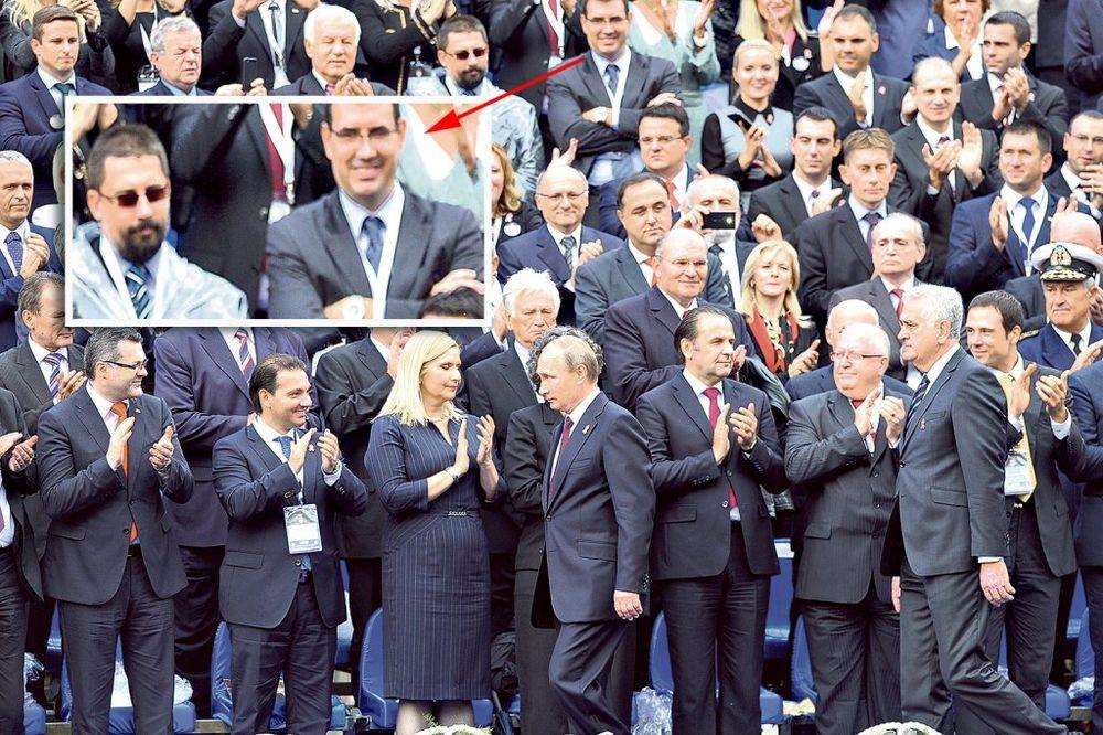 BRUKA POSLANIKA: Oni nisu želeli da aplaudiraju Putinu!