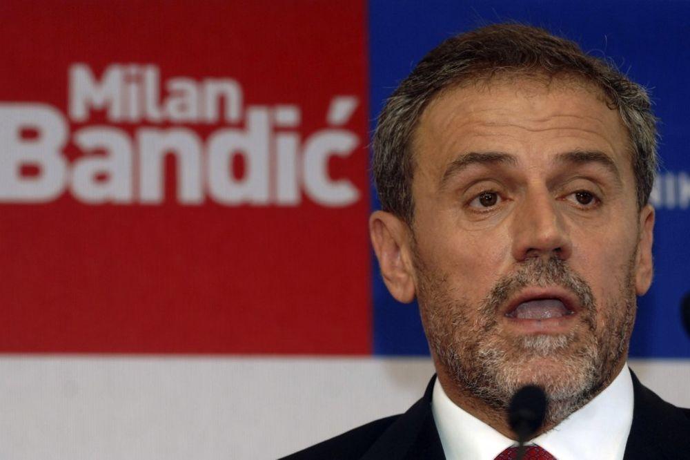 PLATIO 2 MILIONA EVRA: Milan Bandić izašao iz pritvora