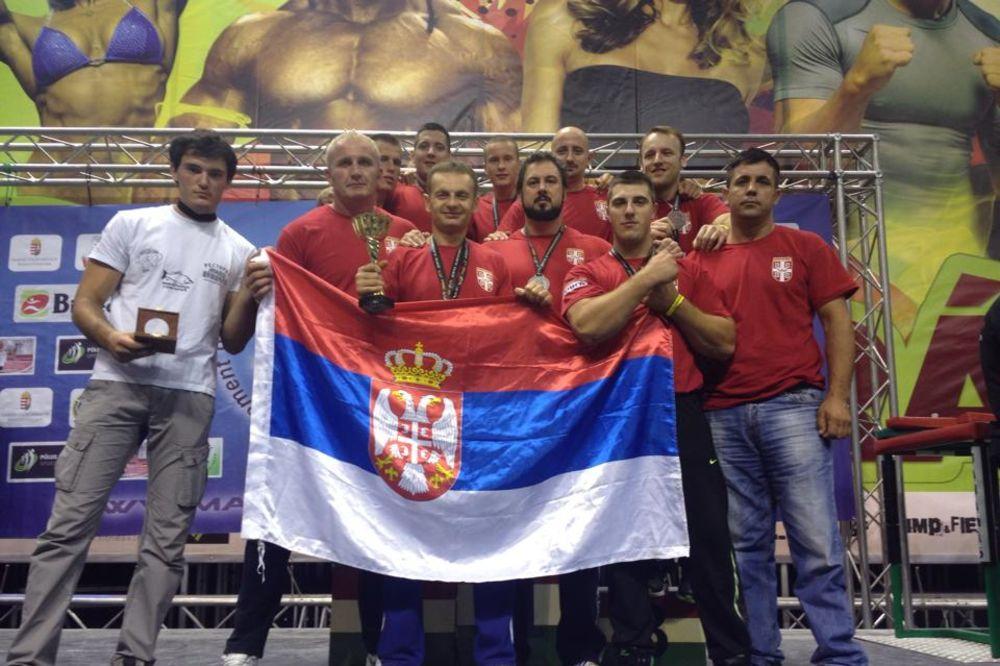 SPORTSKO OBARANJE RUKU: Pet medalja za Srbiju