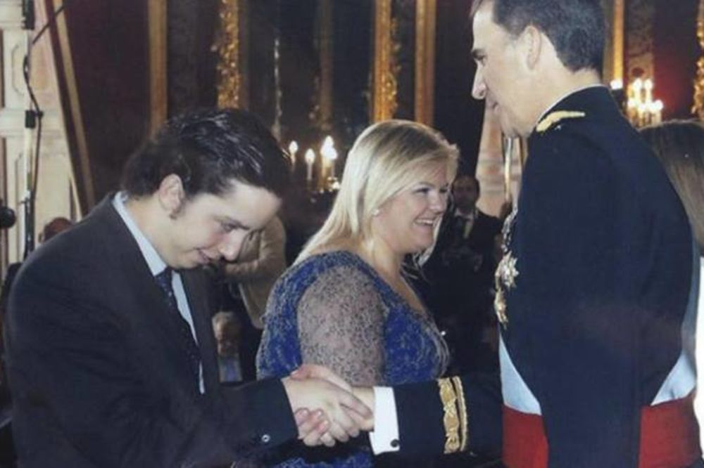 (VIDEO) PREVARIO I KRALJA: Ovaj klinac je vukao za nos celu Španiju i izmuzao 25.000 evra