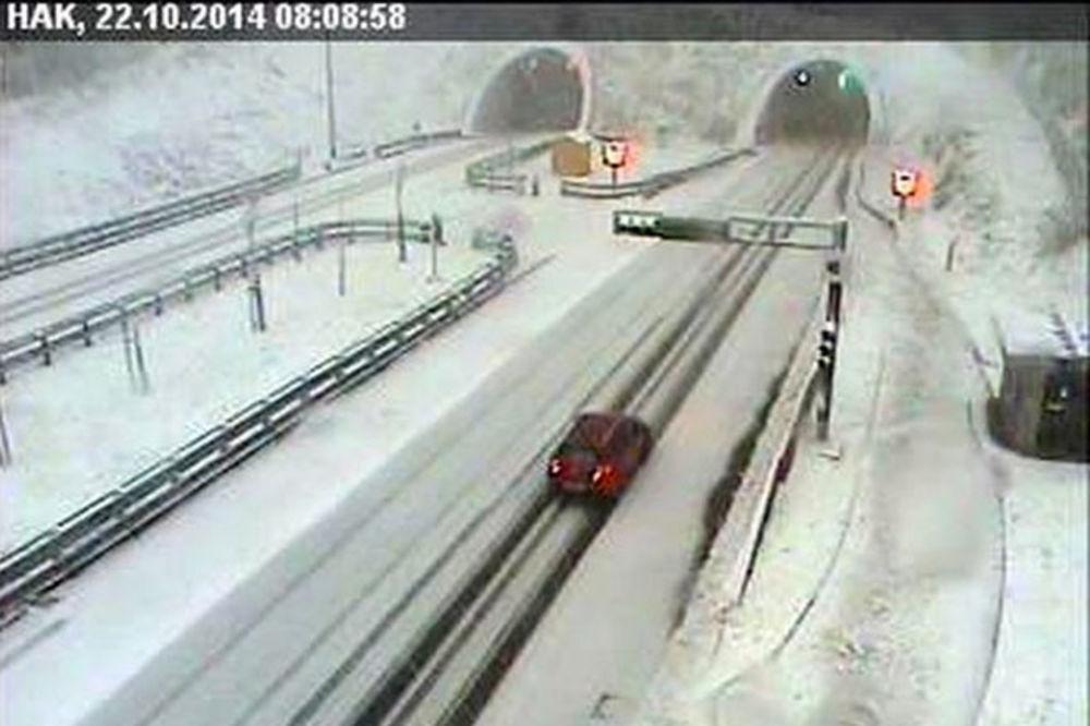 NEVREME NA BALKANU: Prvi sneg pao u Hrvatskoj, u Republici Srpskoj jaka oluja s kišom