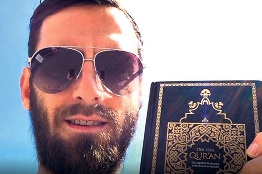 OBELEŽEN: Albanski fudbaler među islamistima?!