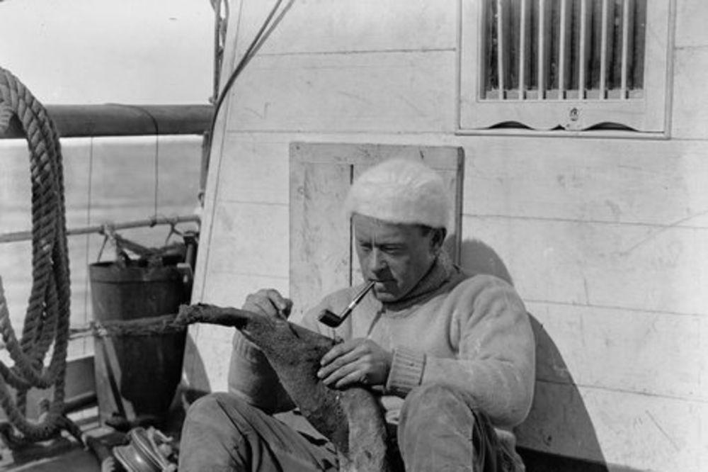 SENZACIONALNO: Posle 100 godina u večnom ledu nađen dnevnik istraživača Antarktika!