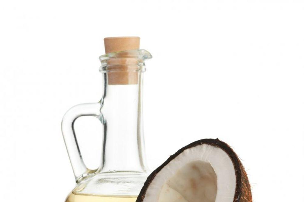 NEVEROVATNO OTKRIĆE: Kokosovo ulje ubija ćelije raka za 48 sati!