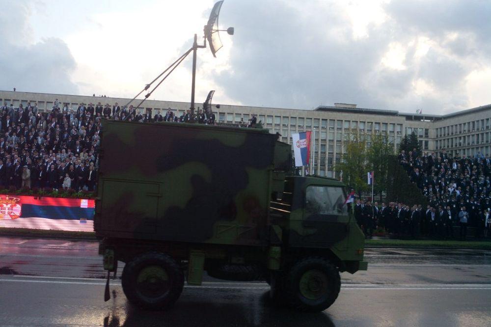 POD OPSADOM: Policija nebo nad stadionom Partizana branila od dronova!