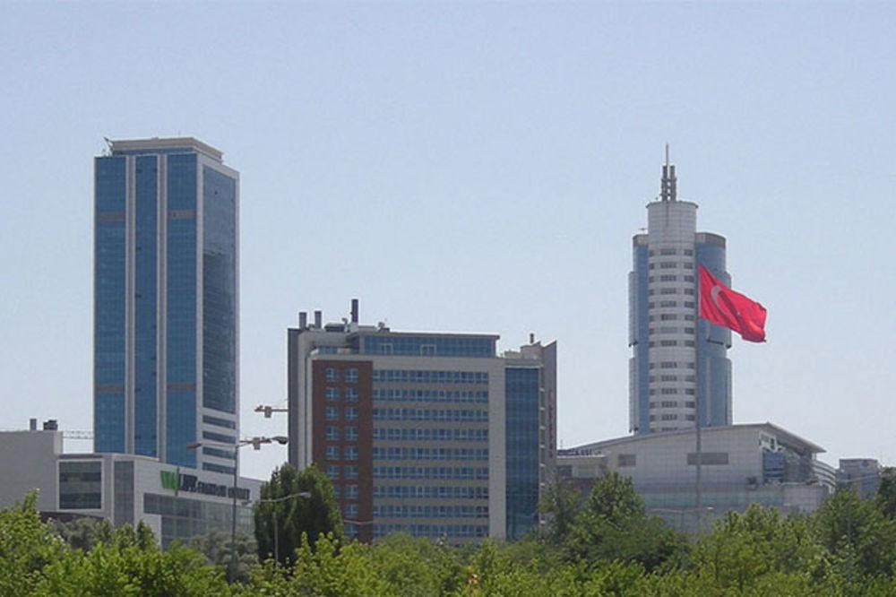 UZBUNA U ISTANBULU: Konzulati tri zapadne zemlje dobili pisma sa sumnjivim žutim prahom