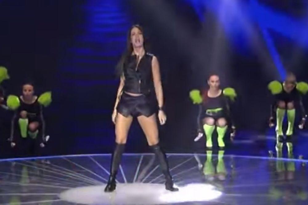 (VIDEO) Kad Milica Pavlović meša zadnjicom, niko nije ravnodušan!