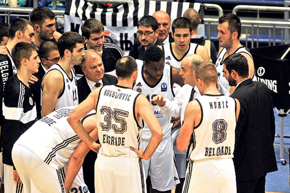 PARTIZAN ČEKA METALAC: Crno-beli bi pobedu posle pet poraza