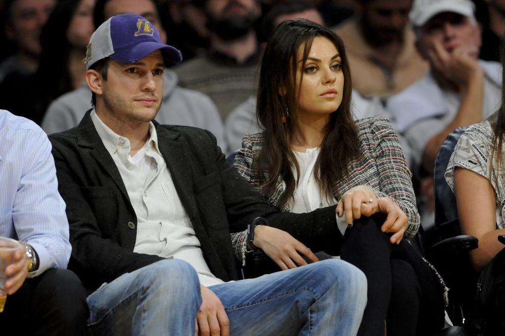 JURI ZA SUKNJAMA: Mila Kunis i Ešton Kučer se razvode?!