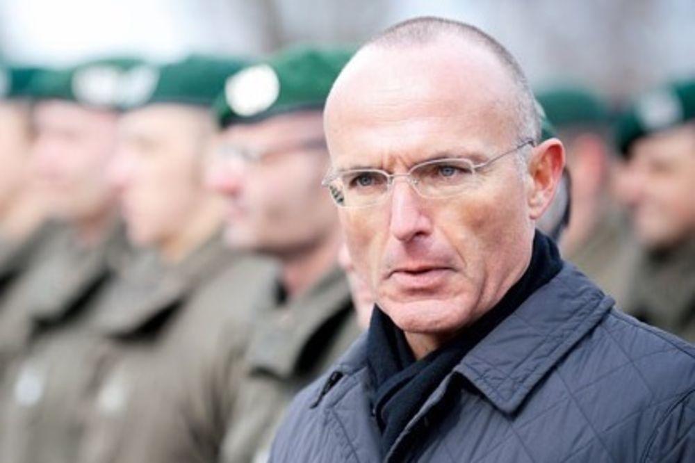 UZBUNA: Austrijski vojnici i policajci upozoreni da su moguća meta napada IS!