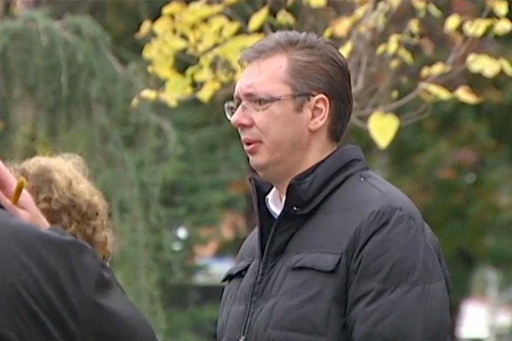 POMEN ALEKSANDRU TIJANIĆU: Od političara došao samo Vučić