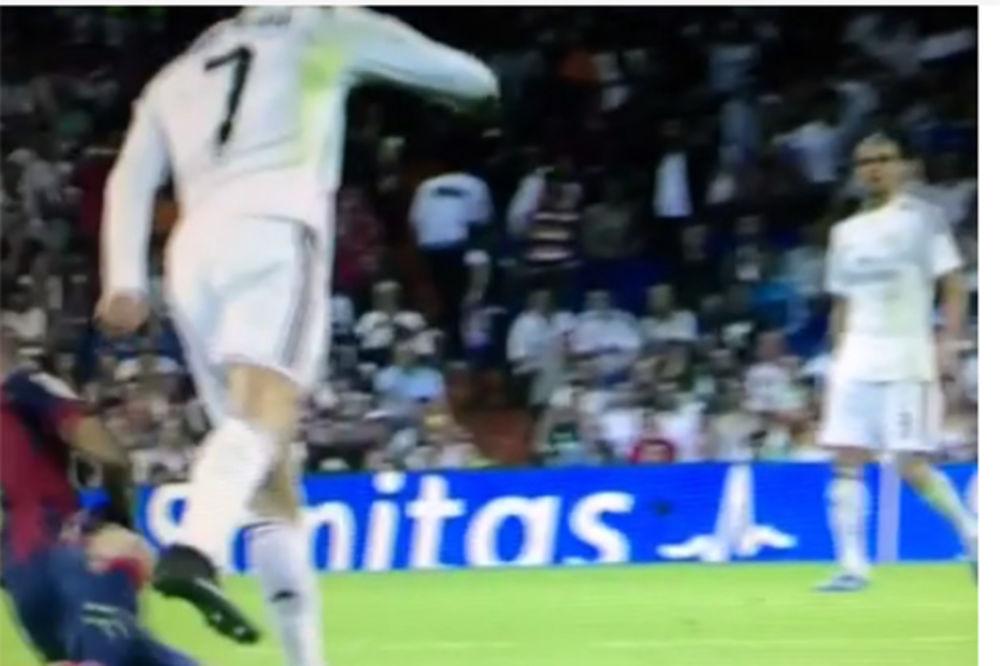 (VIDEO) ŽESTOKO: Ronaldo petom udario Danija Alveša