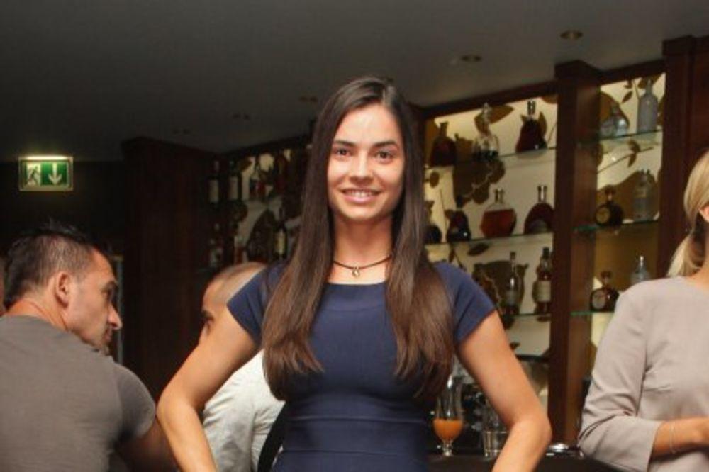 MARIJA KARAN: Kakva plastična hirurgija, želim da nadogradim samo moju ličnost!