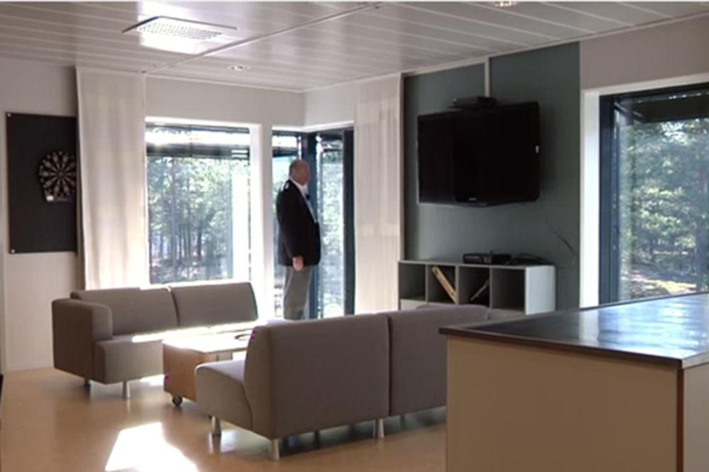 """(VIDEO) DE LUX HOTEL: Pogledajte šok američkog upravnika zatvora kad je video norveški """"kazamat"""""""