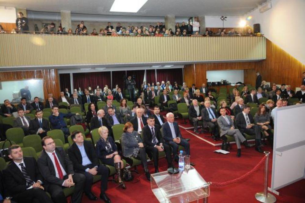 PALA VLAST U KRAGUJEVCU: I Čedini smenili predsednika Skupštine Sašu Milenića