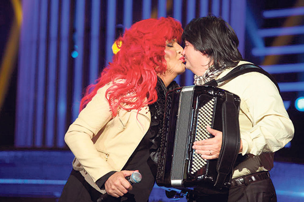 Keba: Kemiš se super ljubi, blago Zorici!