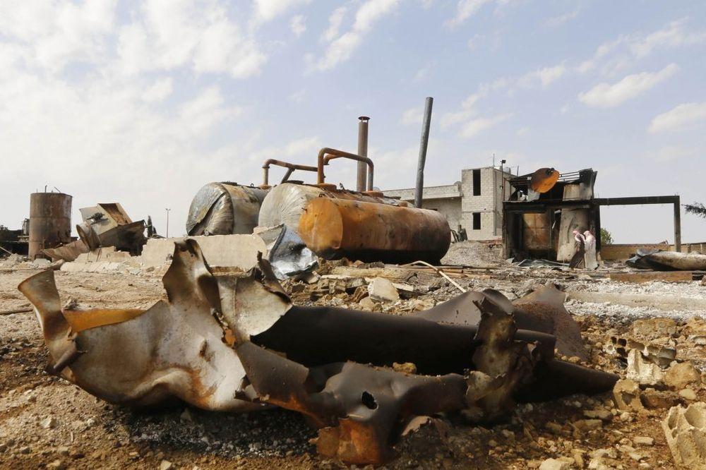 ZBRISALI IH: 30 sirijskih vojnika poginulo u naletu ISIL u Homsu