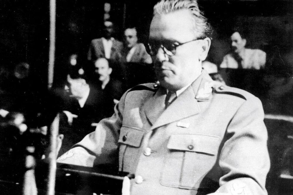 Tito na zasedanju AVNOJ-a