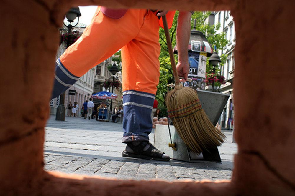 BEOGRAĐANI PAŽNJA: Lažni prodavci čestitki Gradske čistoće ponovo haraju gradom