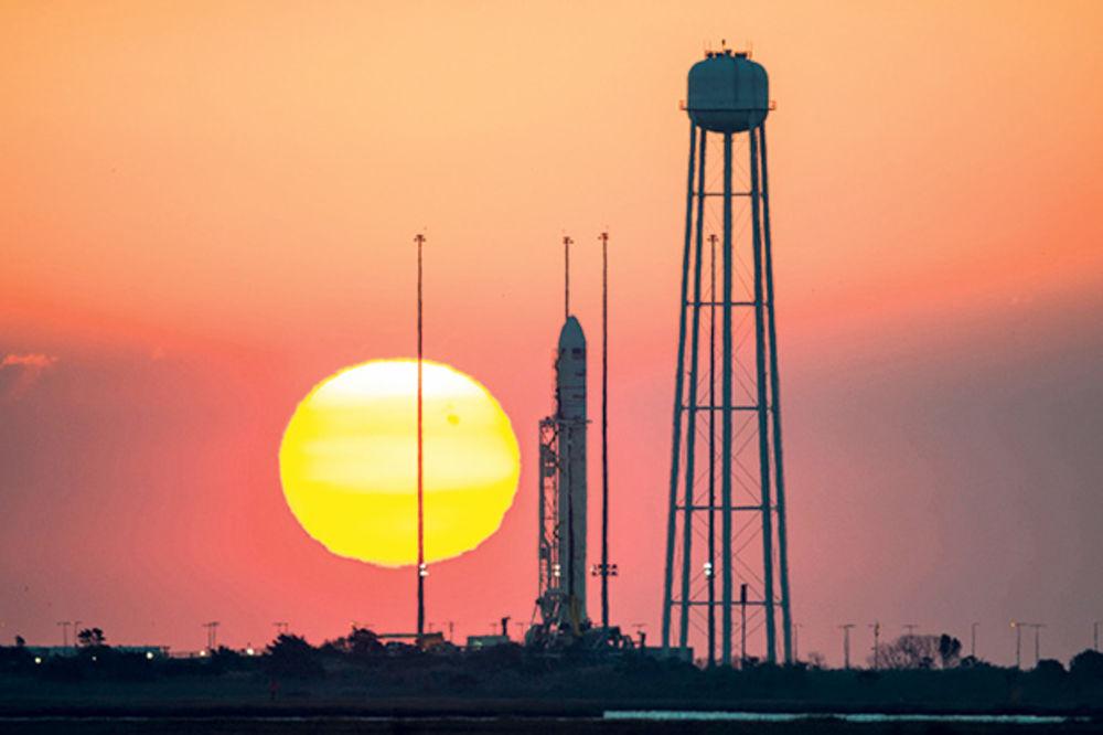 NASA ISPITUJE NESREĆU: Eksploziju skrivili sovjetski motori?