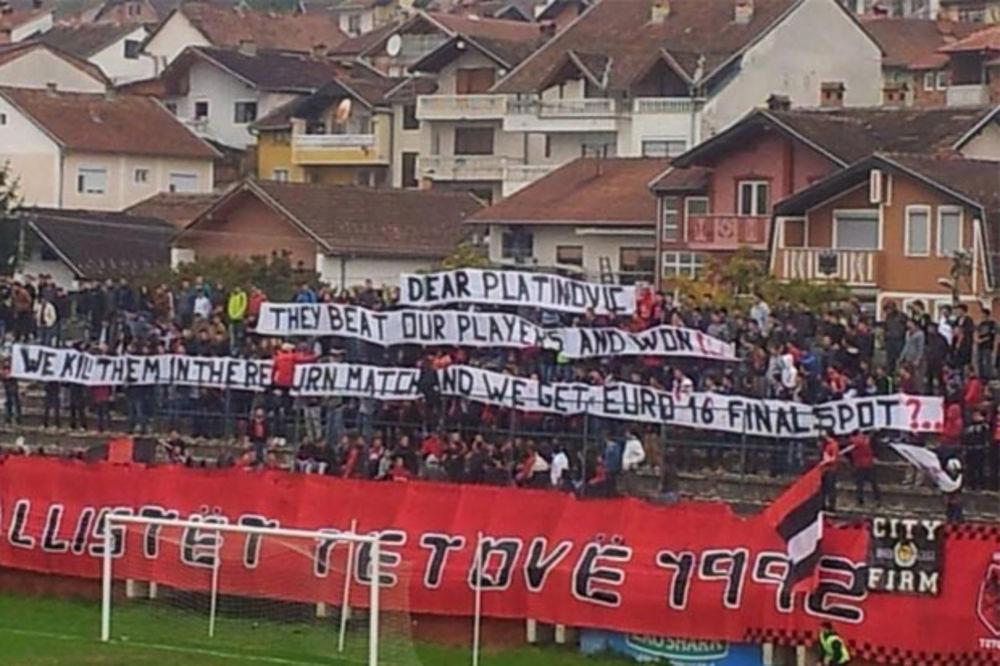 (FOTO) ALBANCI OPET PRETE SMRĆU: Ubijemo Srbe i idemo na EP 2016?