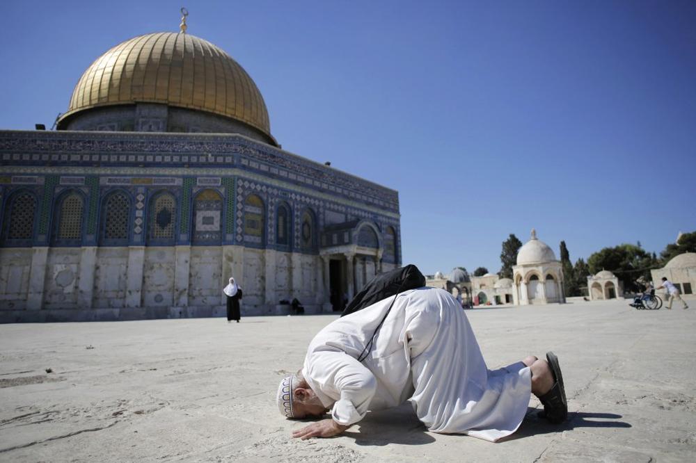 UZ OGROMNE MERE BEZBEDNOSTI: Izrael ponovo otvorio džamija Al Aksa