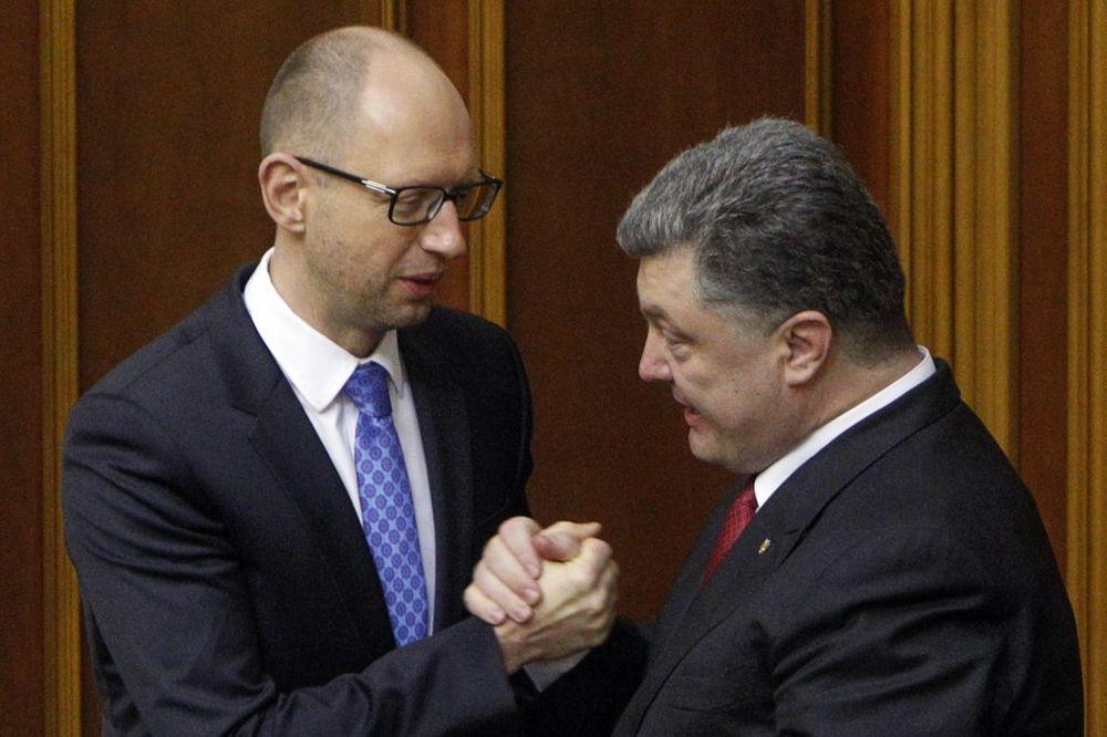 TANDEM: Porošenko podržava nominaciju Jacenjuka za novog premijera Ukrajine