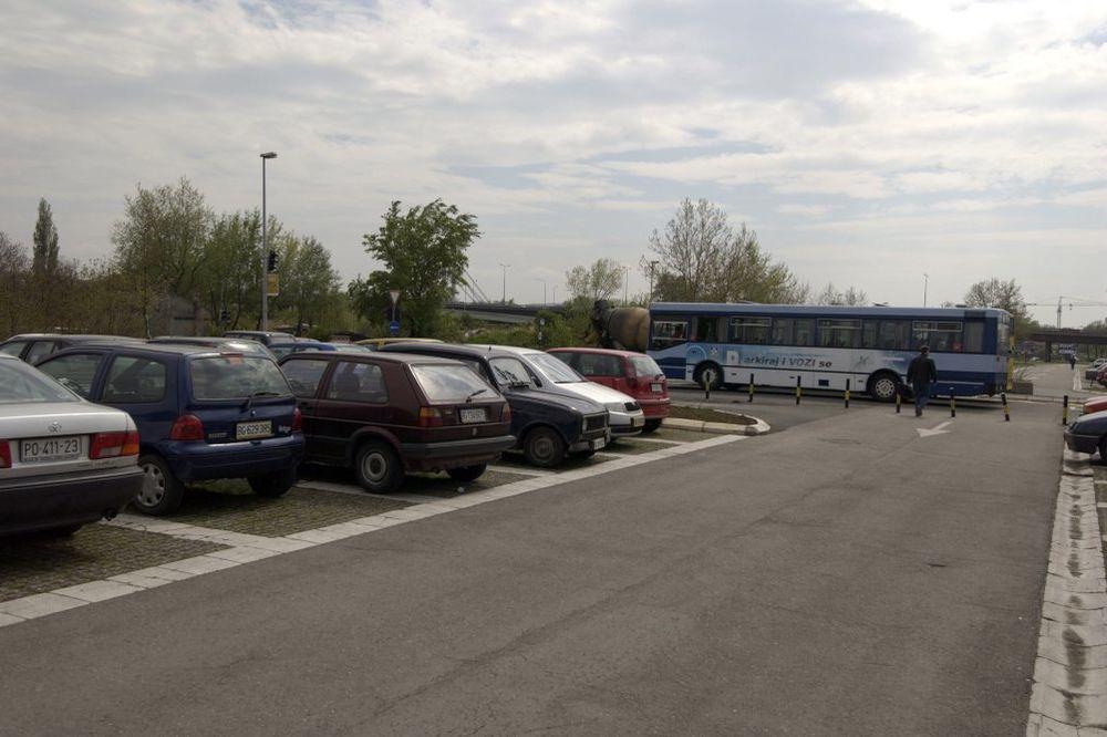 PUTNICI, PAŽNJA: Autobusi ubuduće kreću od Buvljaka umesto od Centra Sava