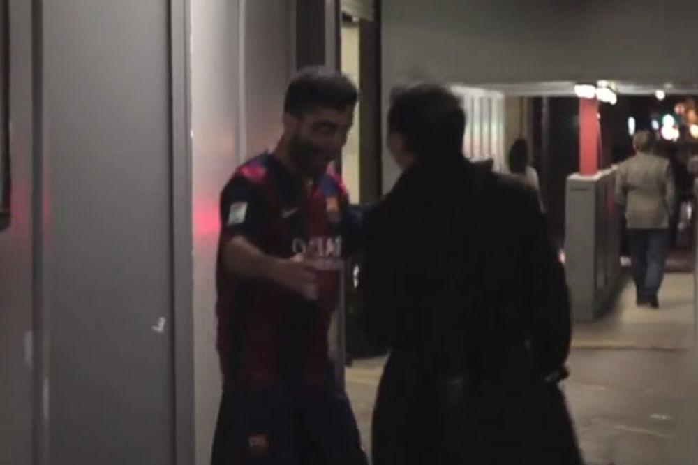 (VIDEO) ZOMBI: Lažni Luis Suarez grizao ljude po Londonu!