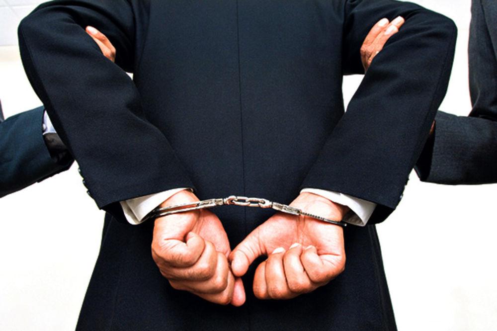 Naprednjak pretio kolegi pa uhapšen