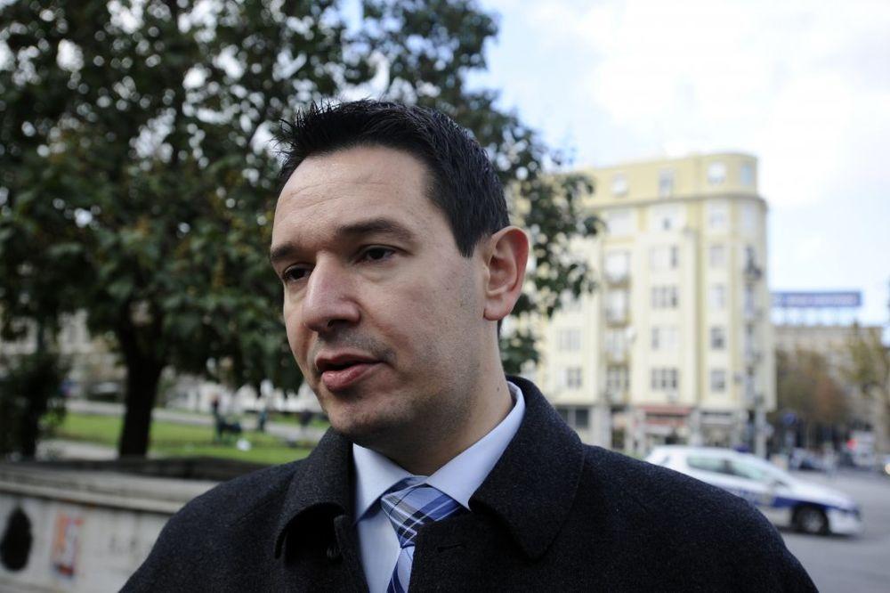 PALJENJE ZASTAVE SAD: Odloženo suđenje Nemanji Šaroviću