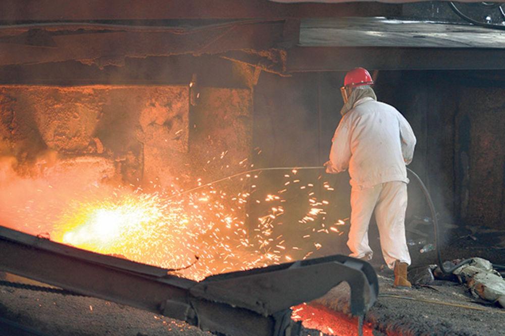 HAVARIJA U NIŠU: U livnici iz peći izlio se usijani metal