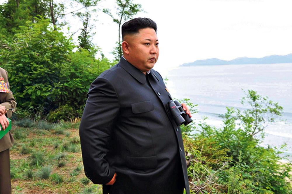 Pjongjang ispalio dve rakete, preti SAD i Južnoj Koreji