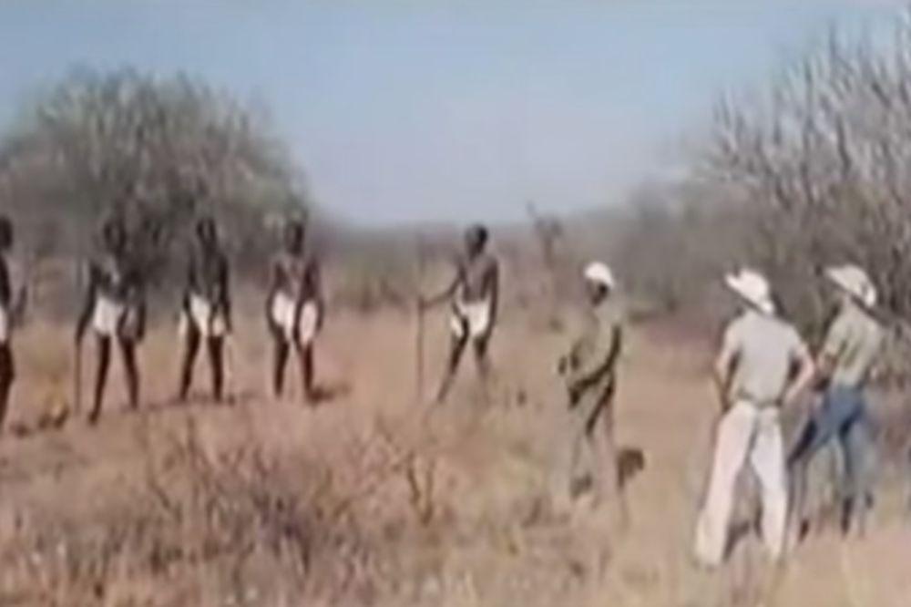 (VIDEO 18 +) NOVINARKA U NEVERICI: Pripadnici ovog plemena u Africi imaju najveći na svetu!